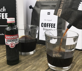 Dutch coffee gift set, inclusief 2 glazen